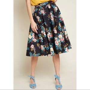 Modcloth Hell Bunny Floral Swing Skirt